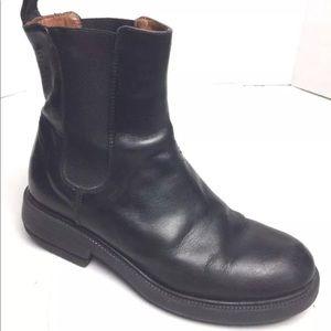 J.CREW  black leather chelsea ankle boots Sz 7M